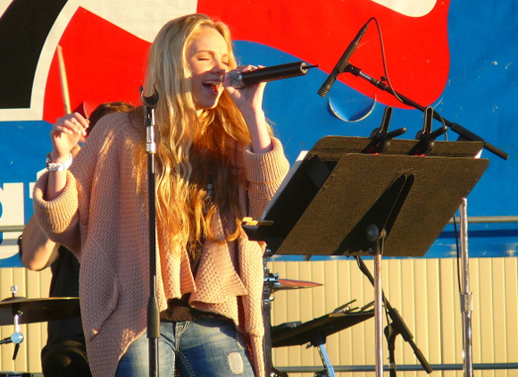Danielle Bradbery performs Saturday night on the WGTY Great Country Radio Stage at the York Fair. (Mark Franklin Photo)