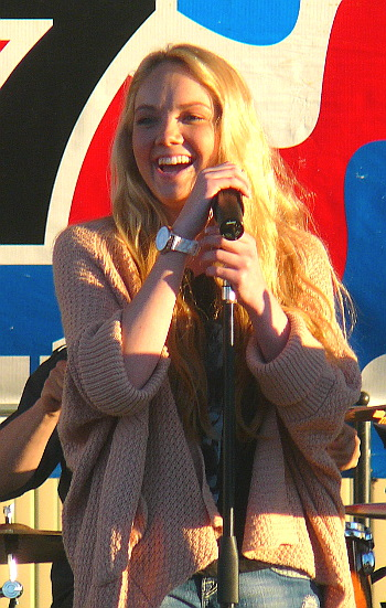 Danielle Bradbery reacts to the large crowd that turned out for her show on the WGTY Great Country Radio Stage at the York Fair. (Mark Franklin Photo)