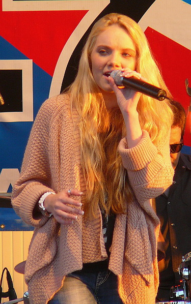 Danielle Bradbery performs on the WGTY Great Country Radio stage at the York Fair. (Mark Franklin Photo)