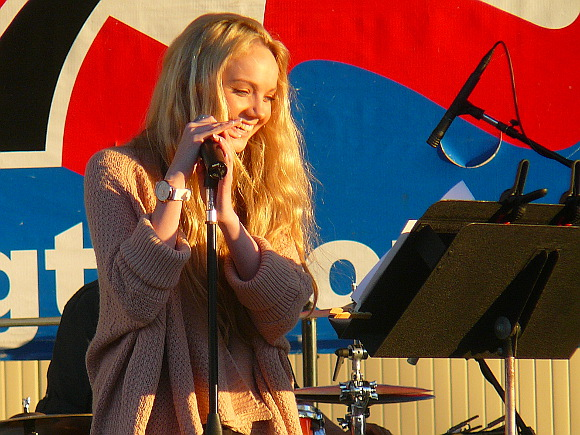 The Voice winner Danielle Bradbery performs at her Saturday night show at the York Fair. (Mark Franklin Photo)