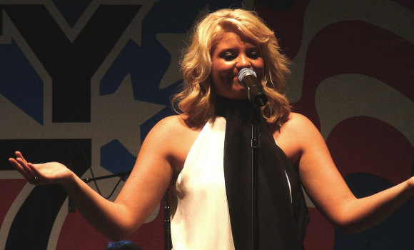 Lauren Alaina jokes with the crowd during her Thursday night show at the York Fair. (Mark Franklin Photo)
