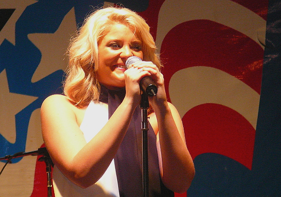 Lauren Alaina entertains the crowd during her Thursday night show at the York Fair. (Mark Franklin Photo)
