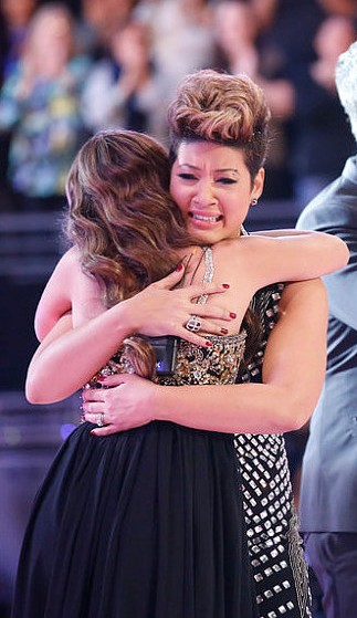 Tessanne Chin is congratulated by Jacquie Lee after being named Season 5 winner of The Voice. (NBC Photo)